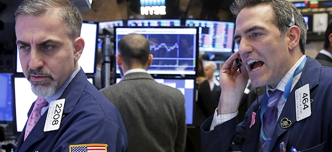 Aktien New York Schluss: Dow knapp im Plus nach US-Zinssenkung